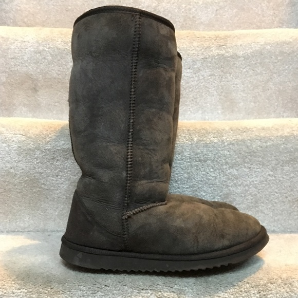 3e3c140bbe1 Real Sheepskin UGG Dupes Boots Chocolate These look like the